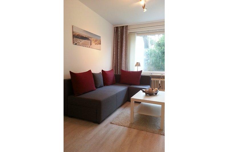 Wohnzimmer mit Doppelsofa