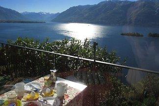 Holiday flat in Ronco sopra Ascona