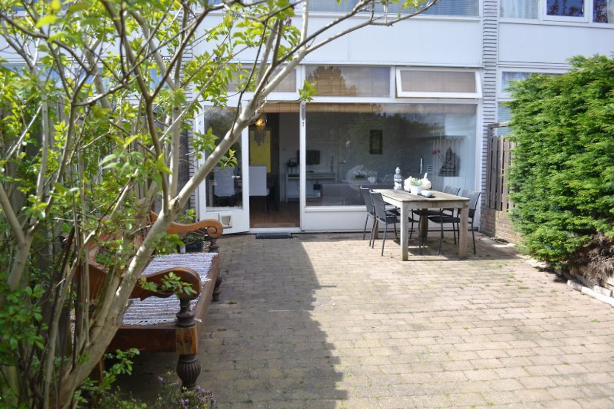 bali beachhouse ferienhaus in zandvoort mieten. Black Bedroom Furniture Sets. Home Design Ideas