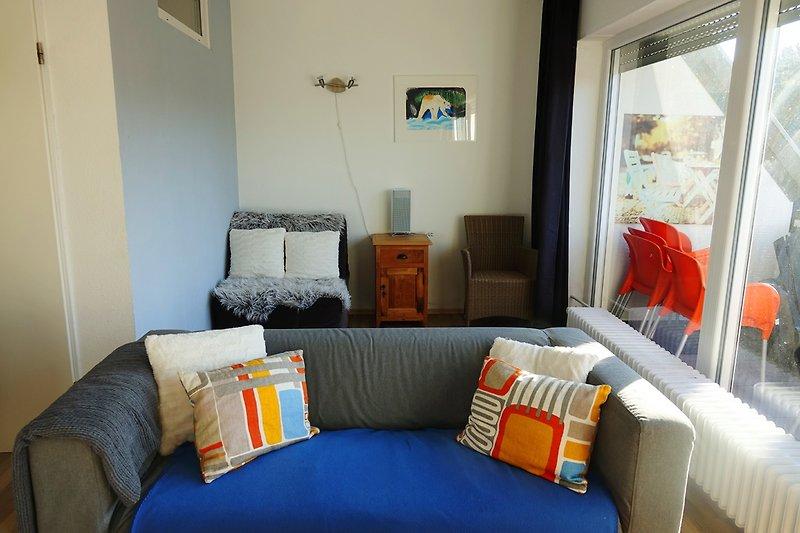 Wohnzimmer mit Schlafstuhl