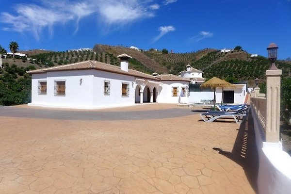 La maison de vacances Casa Los Arcos à Almachar - Image 1