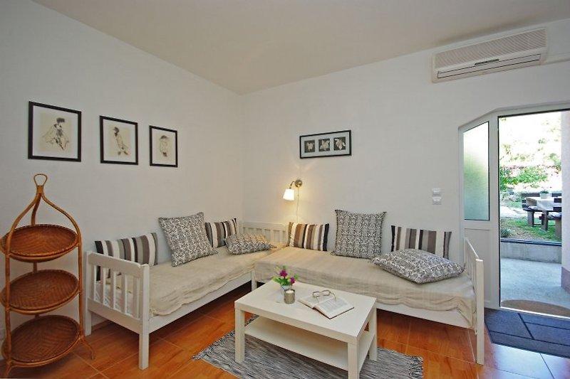 Apartment 1 gemütliche Sitzecke oder auch 2 Hilfsbetten