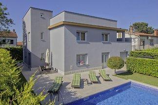 Villa Isabella in Pula Haus für 6-8 Personen