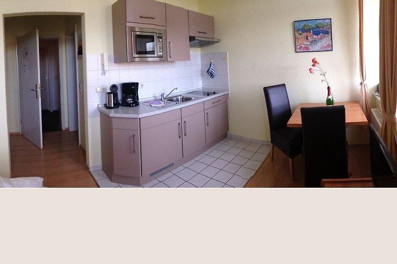 Appartment Wohnraum u. Küchenzeile