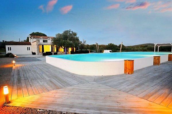 piscine Villa Mojito 250m2 plage 300m à Rovinj - Image 1