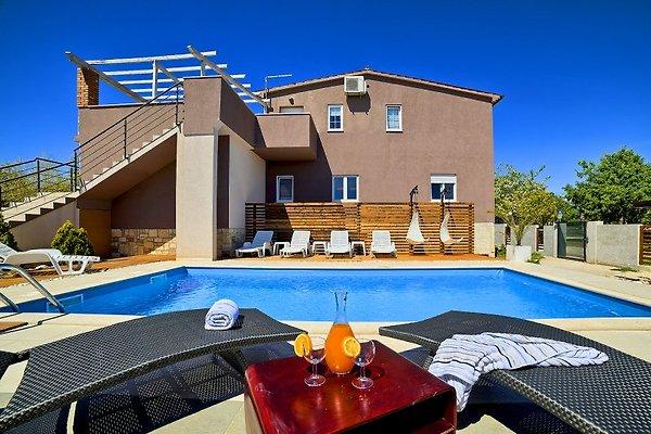 Villa with Pool in Medulin