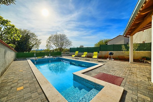 Villa Istriana, pool, 4km Beach in Pola - immagine 1