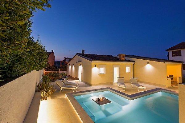 Villa bis 8 Pers. 500m vom Strand in Vodnjan - Bild 1
