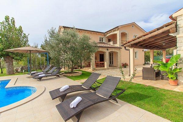 Villa Natura mit Pool, max 9 Gäste à Labin - Image 1