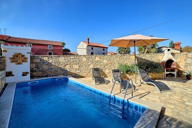 Villa Mareva with pool in Istria - wiibuk.com