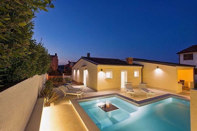 Villa Manuela mit Pool-wiibuk.com