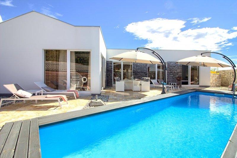 Villa Darte mit pool in Istria - wiibuk.com