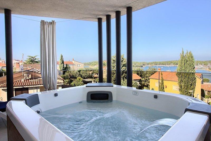 Villa Bellavista with pool in Pula - wiibuk.com