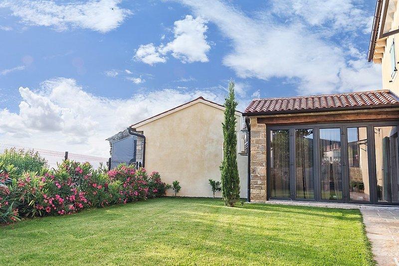 Villa Benvenuti with pool near Motovun - wiibuk.com