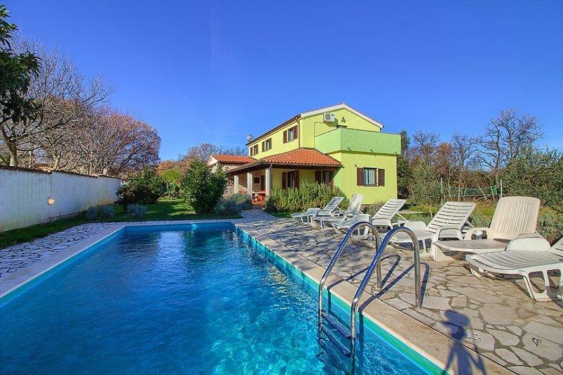 Villa Fuma with pool, beach 1.8km en Svetvincenat - imágen 2