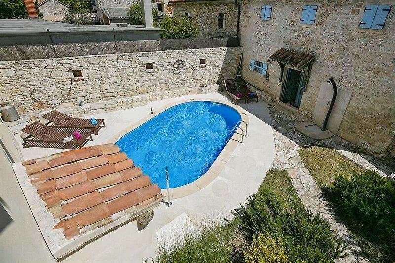 Villa Palentar mit pool - wiibuk.com