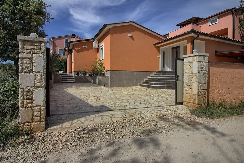 Villa with pool in Medulin - wiibuk.com