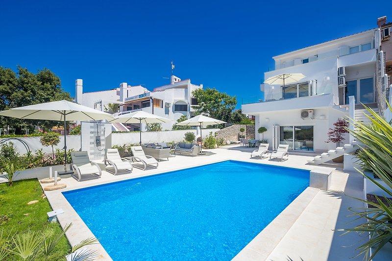 Villa Punat with pool  - Krk - wiibuk.com