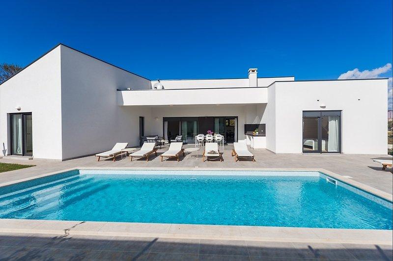 Villa Mateo mit Pool in Fazana - wiibuk.com