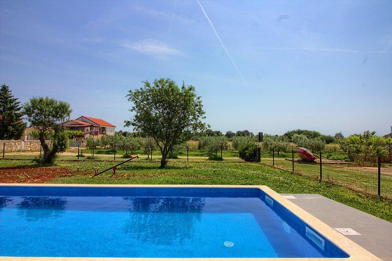 Villa Seve mit pool in Pula - wiibuk.com