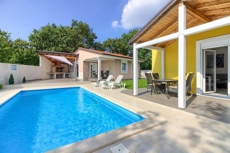 Villas Trusina wiibuk.com