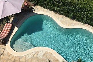 App.Green Paradise, Pool,300m beach