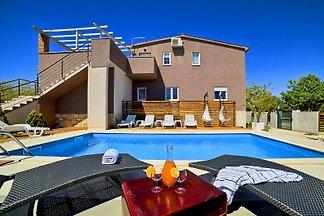 Villa de luxe avec piscine chauffée
