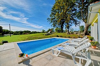 Villa Paradiso, con piscina, 6 pers.