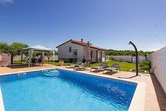 Villa Demian,Pool,150m Strand-max 6