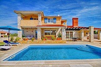 Villa Oliva 9 ospiti, a 3 km di spiaggia