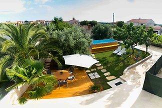 Casa de vacaciones con piscina, hasta 6 personas