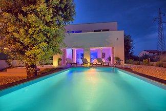 Luxuriöse Villa in Rovinj, 8 Gäste
