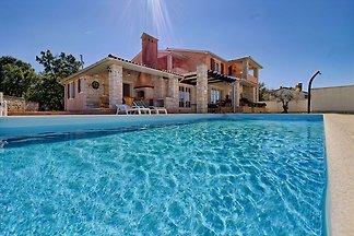 Villa avec piscine, 9 pers.