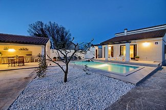 Villa Nina with private pool, max 6