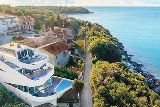 Villa Maria,pool,jacuzzi,beach 30m