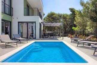 Villa Flavia with private pool