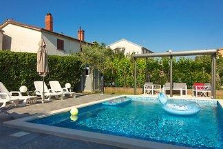 Wohnung Pjacal II mit  Pool in Pula