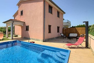 Villa Mary with private pool