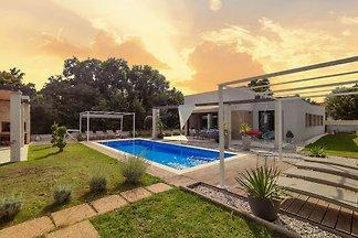 Luxus Villa Maell mit Privaten Pool