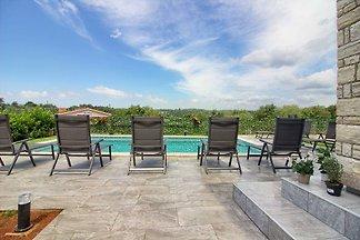 Villa Fjolla with private Pool
