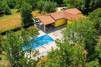 Villa Eden mit privatem pool, max 6