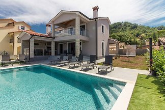 Villa Fjolla mit privaten Pool