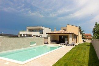 Schöne Villa Markulin mit Pool