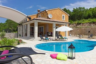 Villa Patricija mit privatem Pool