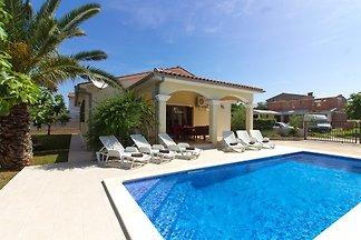 Casa Gialla met zwembad