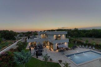 Luxus villa Elisabeth, fur 16Pers.