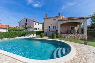 Villa Andric mit privatem Pool