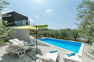 Villa Nika,Private Pool,Strand 900m