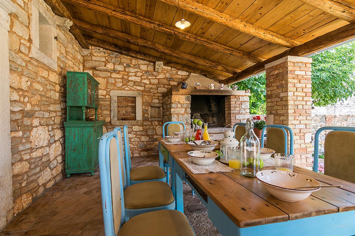 Villa sole mit pool f r 8 personen ferienhaus in marcana for Schwimmpool preise