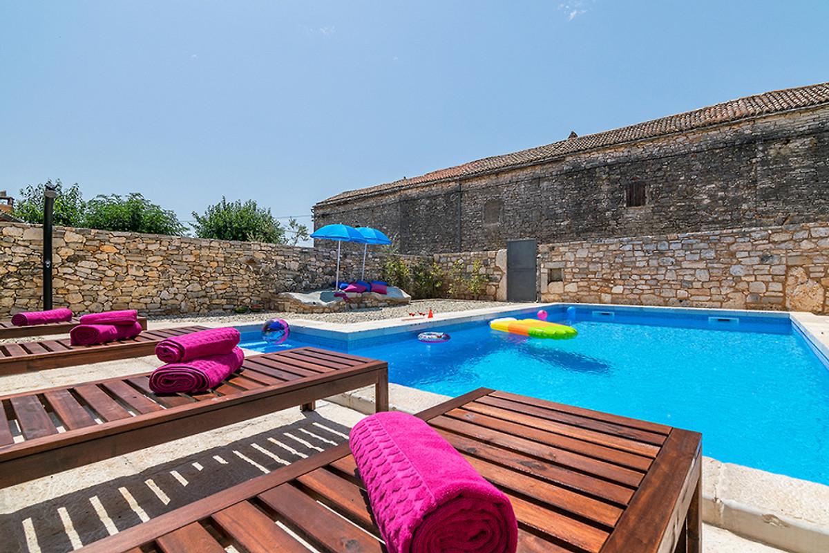 Villa Sole Mit Pool